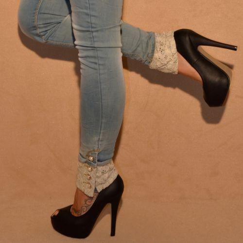 fashion stretch jeans mit strass perlen spitzeneinsatz. Black Bedroom Furniture Sets. Home Design Ideas